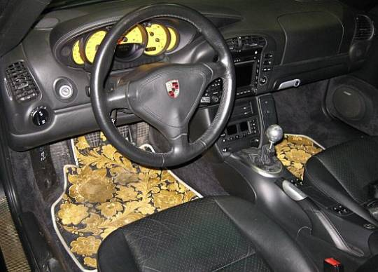 Porsche 996 Turbo cabriolet interior