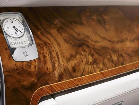 Rolls Royce Ghost Six Senses interior crafting