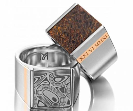 Meister Men's Damascus steel and dinosaur ring