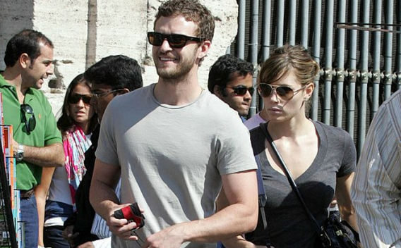 Justin Timberlake and his actress sweetheart Jessica Biel on vacation in Rome