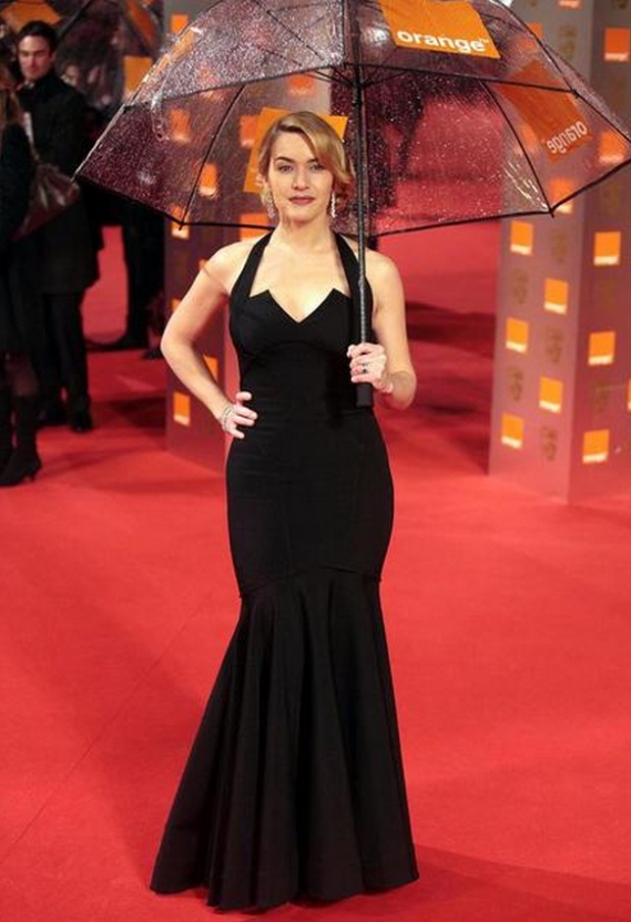 For the BAFTA awards ceremony in London, Kate was in a simple yet elegant mermaid gown from Zac Posen.