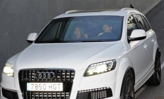 The beautiful couple has been spotted several times driving around in Audi car.