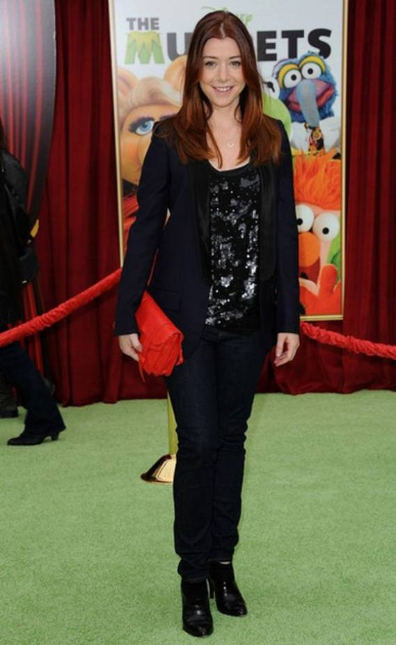 When she had to attend the premiere for The Muppets in Los Angeles, Alyson Hannigan picked her triple-lapel tuxedo jacket from Stella McCartney's Pre-Fall 2011 collection.