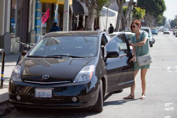 Kate Walsh was spotted riding the dark-brown colored Toyota Prius in the Los Feliz area of L.A.