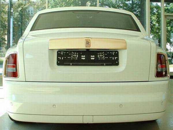 Rolls Royce Phantom Solid Gold