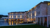 Terme Di Saturnia spa & golf resort in Tuscany offers 23 carat gold body treatment in Goldfinger style