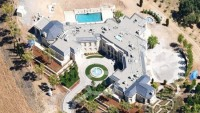 Russian billionaire pays record $100 million for Silicon Valley mansion