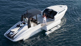 An expandable yacht which costs $1.12 million