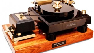 Walker Audio's $105,000 Proscenium Black Diamond V is the most realistic-sounding turntable