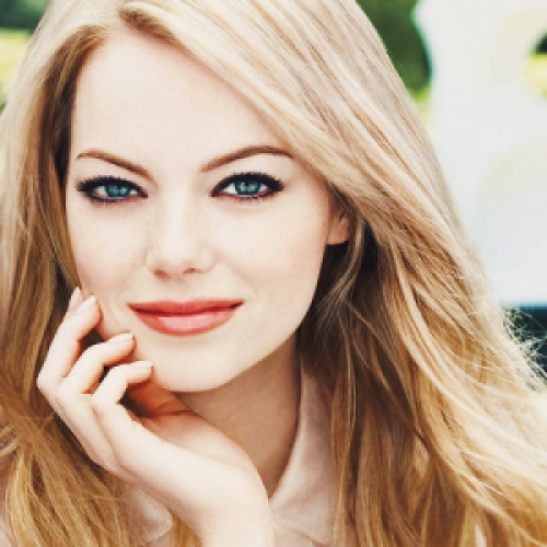 Emma Stone Net Worth -... Emma Stone Net Worth