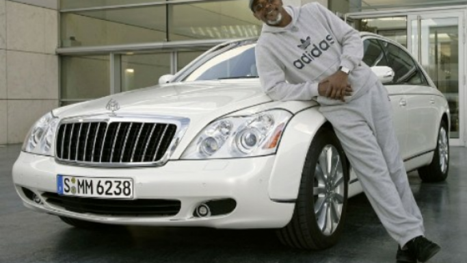 Maybach 57 S car - Color: White  // Description: expensive