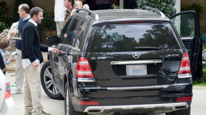 Ben and his wife Jennifer were spotted riding on a Mercedes GL 350 several times