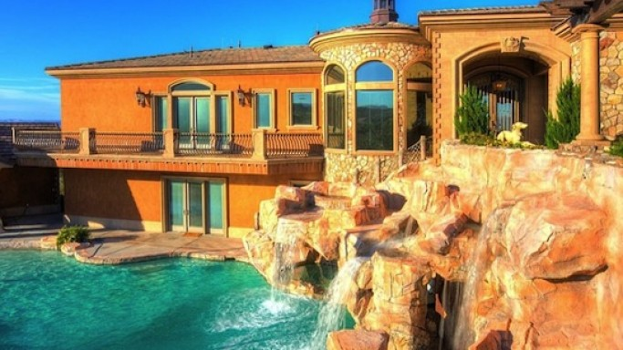 Luxury Nevada Home with 20ft diving pool and a waterslide listed for $3 Million