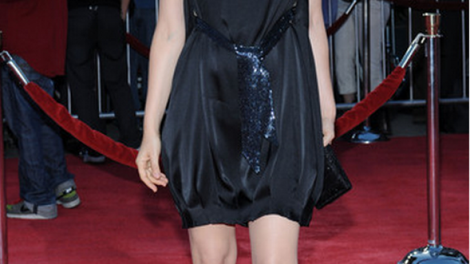 "Silverstone has been pictured wearing this black designer dress at Mann's theater during the premier of ""tropic Thunder""."