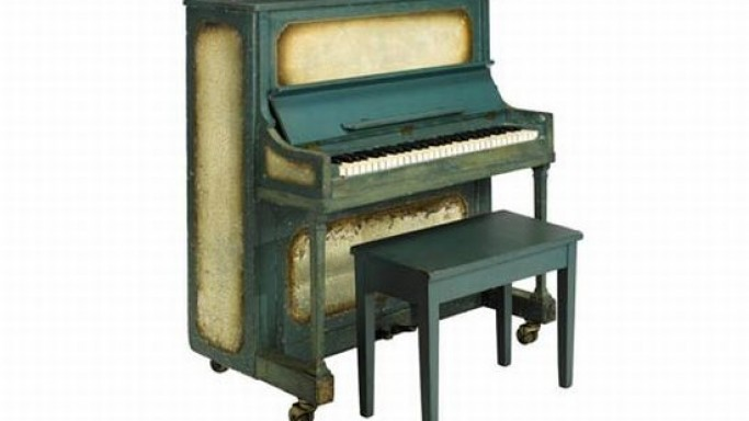 Casablanca piano could fetch $1.2 million at auction