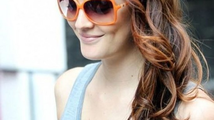 Leighton Meester wears Valentino Rockstud V606S Sunglasses (not in this image)