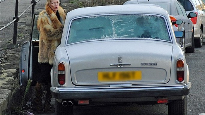 Kate Moss drives vintage Rolls Royce
