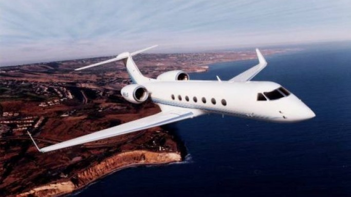 Gulfstream V car - Color: White  // Description: classy