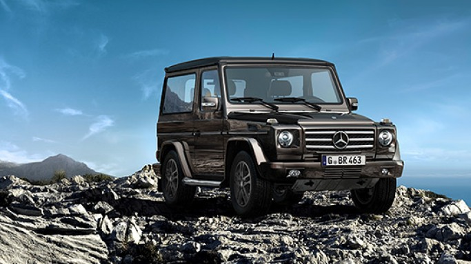 Mercedes G500 car - Color: Black  // Description: elegant