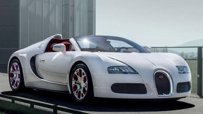 "Bugatti Veyron Grand Sport Wei Long ""Year of the Dragon"" edition"