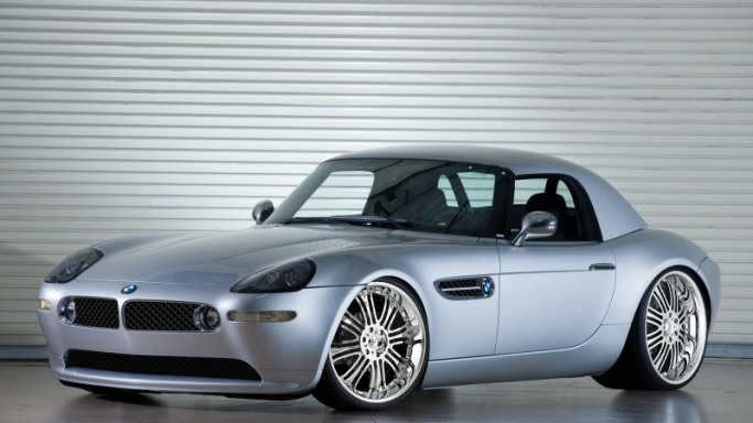 BMW Z8 - Bornrich , Price , Features,Luxury factor, Engine, Review