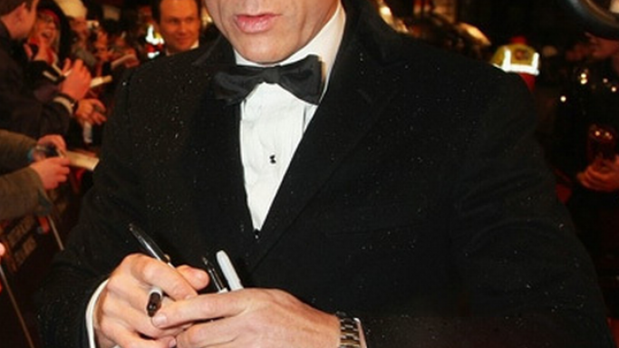 Daniel Craig was spotted wearing his Rolex Daytona watch at the 2009 Oscars.
