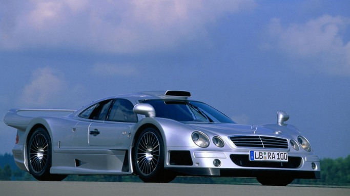mercedes clk gtr bornrich price features luxury. Black Bedroom Furniture Sets. Home Design Ideas