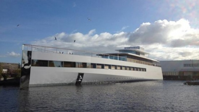 "Steve Jobs Yacht ""Venus"" controlled by iMacs is all set to sail"