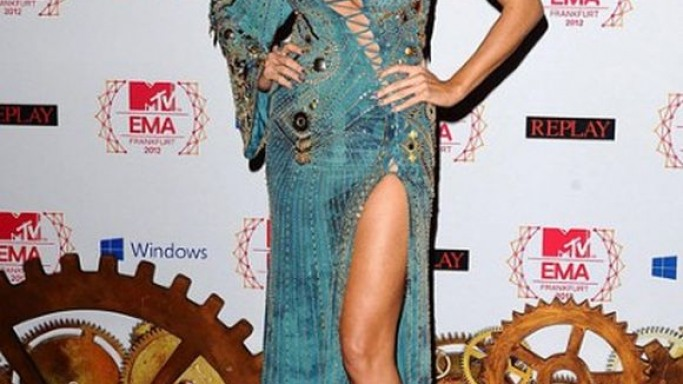 Heidi Klum hosted the MTV Europe Music Awards 2012 wearing Versace dresses.