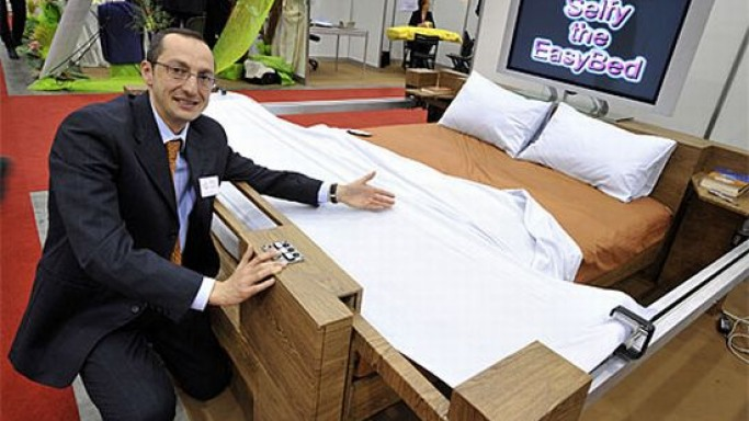 Selfy the EasyBed: Enrico Berruti's self-making bed for lazy geeks