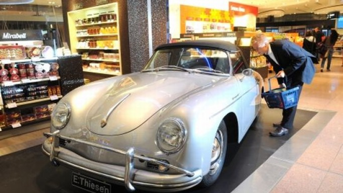 Gebr Heinemann puts a 1959 Porsche up for sale at Hamburg airport