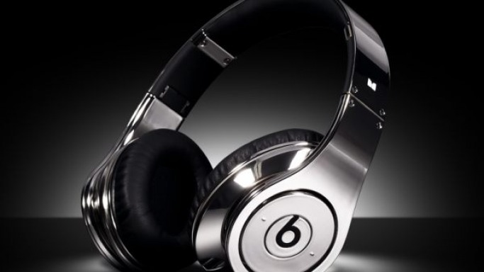 ColorWare does the Beats by Dr. Dre headphones, but no color this time!