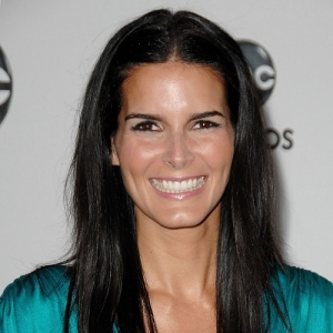 Angie Harmon Net Worth Biography Quotes Wiki Assets