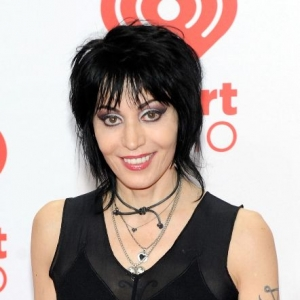 Joan jett net worth biography quotes wiki assets cars homes and