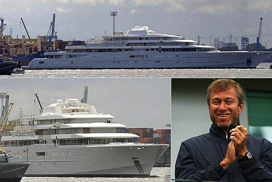 Superyacht abramovich  Abramovich's Eclipse superyacht goes on hire for $2 million a week ...