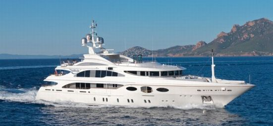 Benetti Latitude luxury yacht