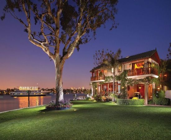 Bay island homes for sale in Newport Beach