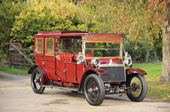 The 1912 Lanchester Limousine