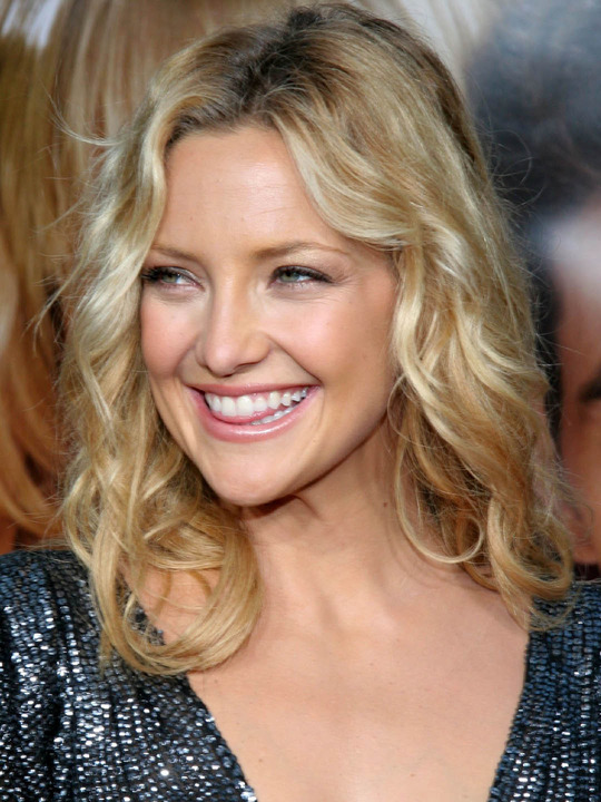 Kate Hudson Biography Net Worth Quotes Wiki Assets