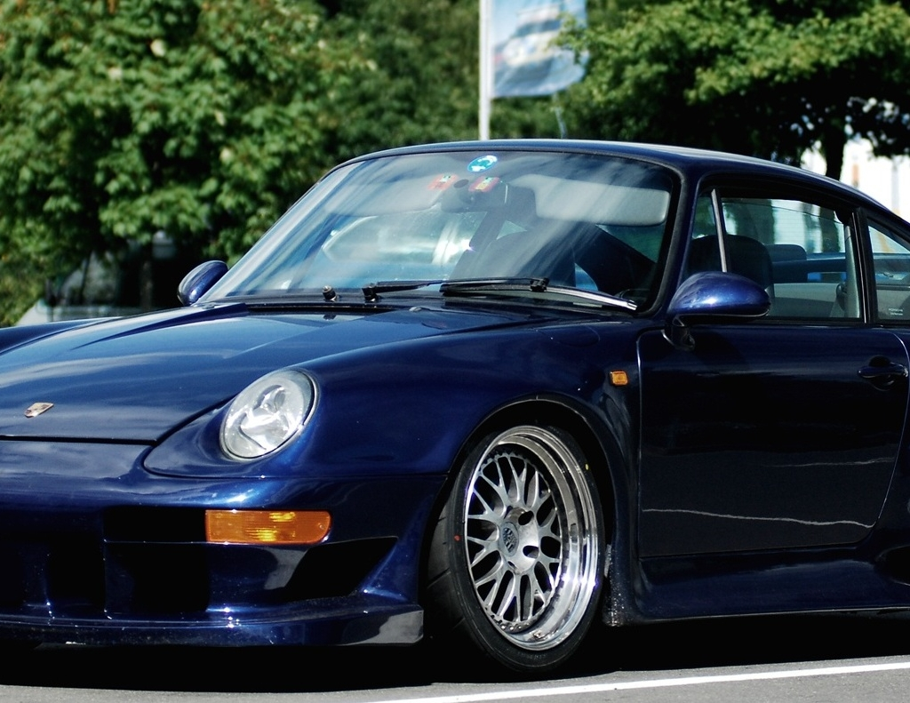 porsche 993 gt2 bornrich price features luxury factor engine review top speed mileage. Black Bedroom Furniture Sets. Home Design Ideas