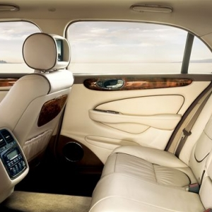 Jaguar XJR Interior