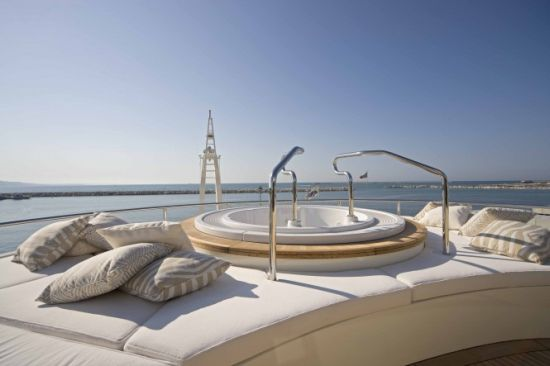 Darlings Danama Superyacht has a noise cancellation system in the master suite