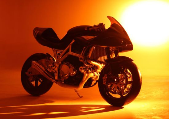 $157,000 Icon Sheene superbike celebrates speed in Barry Sheene style
