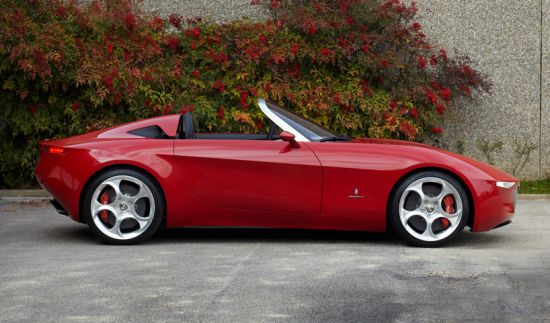 Mazda and Fiat's Agreement Sets Pininfarina Alfa Romeo 2uettottanta Concept for Production in 2015