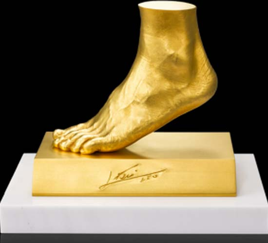 Gold replica of Lionel Messi's foot worth $5.25M
