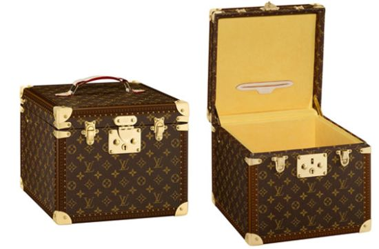 louis vuitton cake trunk