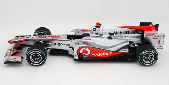 vodafone mclaren mercedes scale replica 2