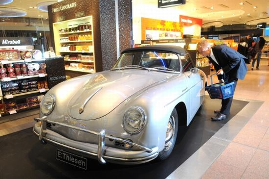heinemann duty free porsche car